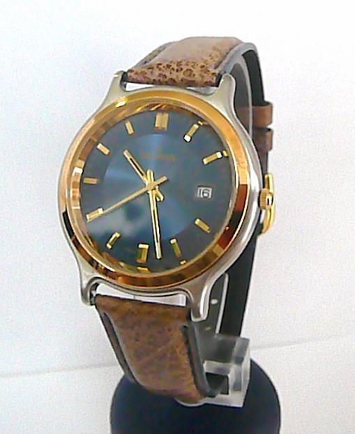 Značkové švýcarské luxusní hodinky Grovana 1705.1 na kůži