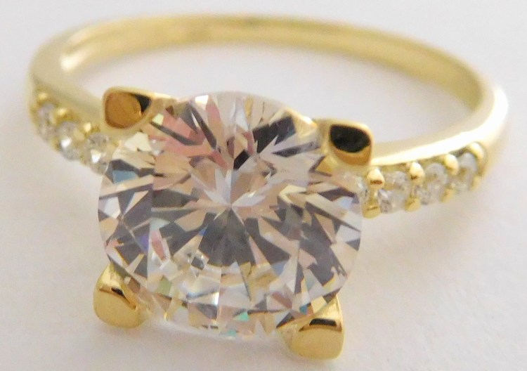 Mohutný zlatý zásnubní prsten s velkým zirkonem 585 3 f5297eb0b6d