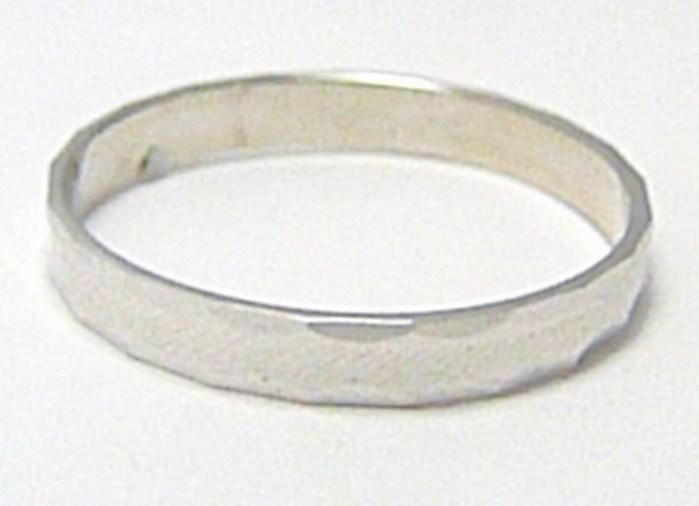Snubní zlatý prsten z bílého zlata s gravírováním 585/1,60gr vel.64 P355