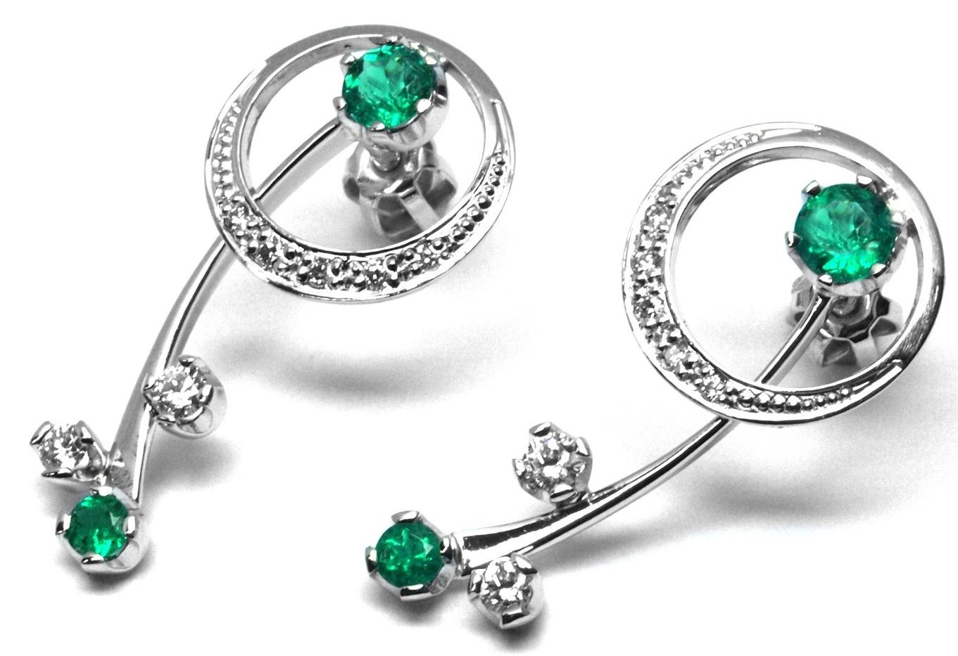 Ručně vyrobené náušnice se smaragdy a diamanty z bílého zlata J-29528-17