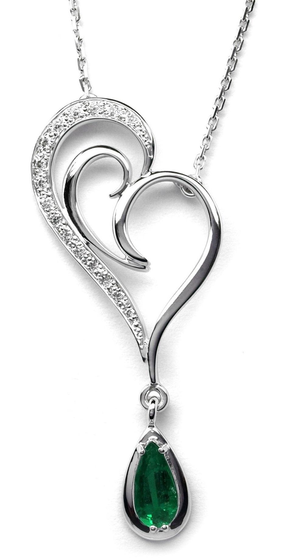 Ručně vyrobený náhrdelník z bílého zlata se smaragdem a diamanty J-28007-17