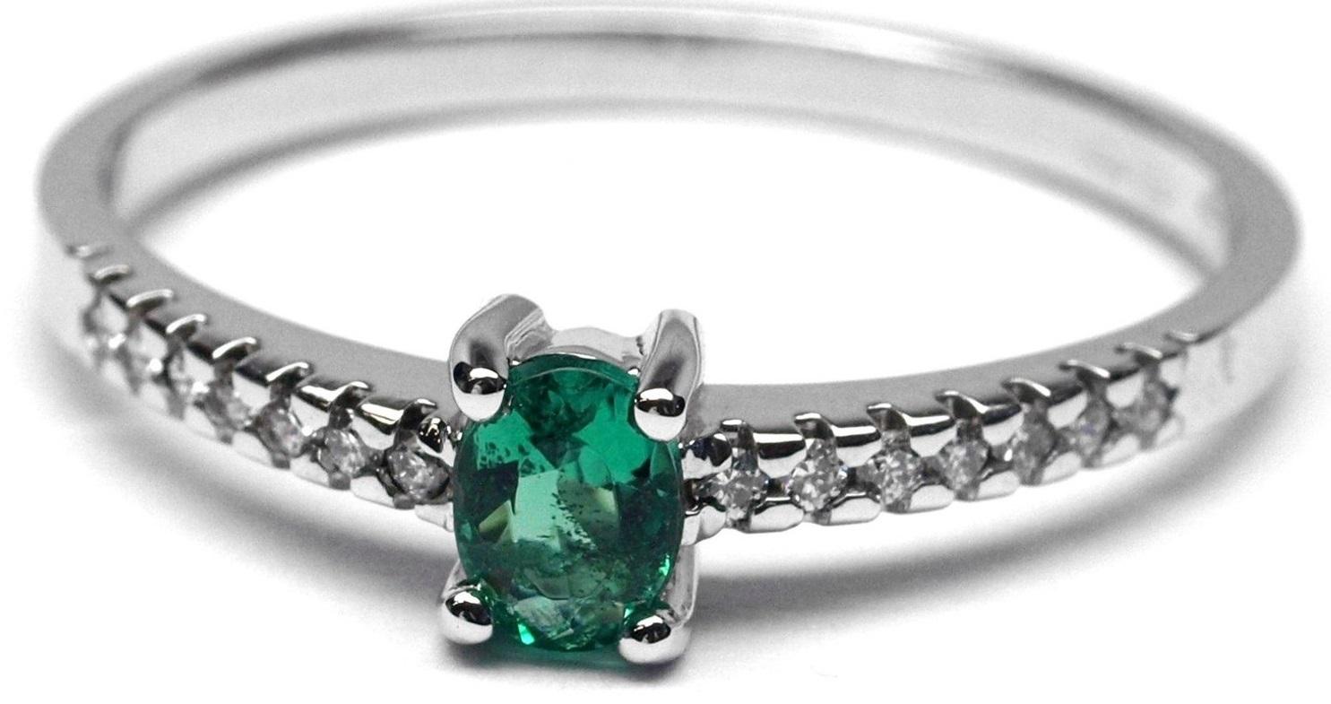 Ručně vyrobený prsten z bílého zlata se smaragdem a diamanty J-28044-17