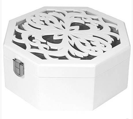 Bílá dřevěná zdobená šperkovnice s proskleným víkem ve tvaru osmiúhelníku 10147