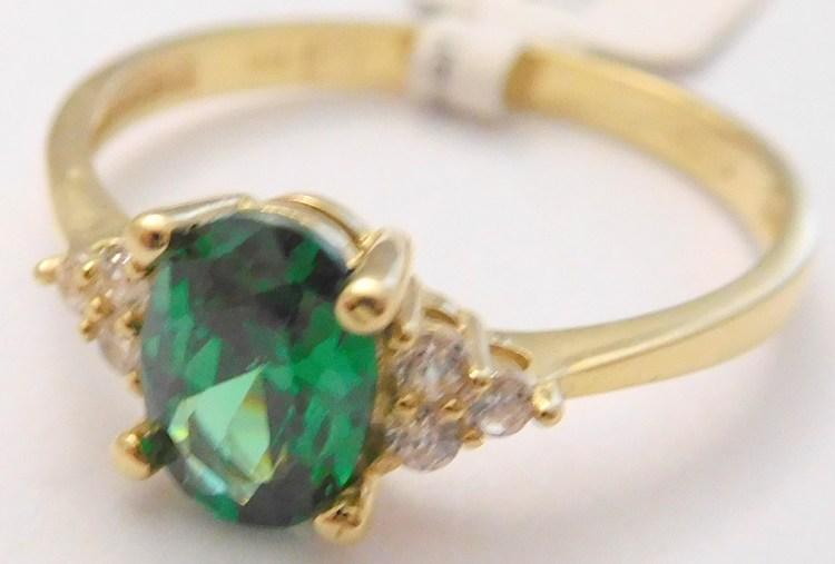 Mohutný zásnubní zlatý prsten se zirkony a velkým zeleným smaragdem 585/1,75gr vel. 54 1810370