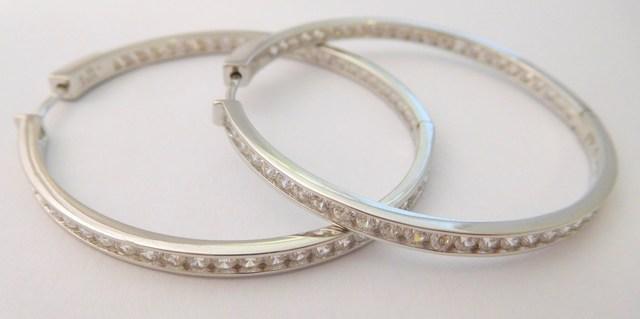 317b0fa60 Obrovské velké stříbrné rhodiované kruhy s jednou řadou zirkonů průměr -  4,5cm/45mm 925/1000 030922400001