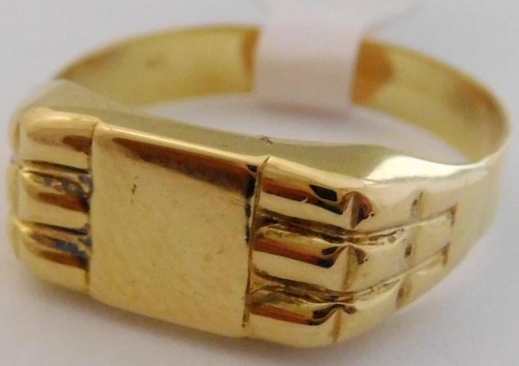 Mohutný pánský zlatý prsten s gravírováním 585/2,90gr vel. 62 T332