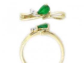 Prsten s diamantem, žluté zlato briliant, smaragd (emerald)