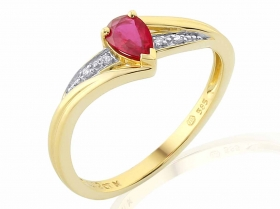Prsten s diamantem, žluté zlato briliant, rubín v kombinaci s lesklou bílou povr