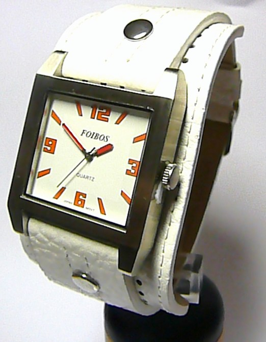 d35c687e6f4 Velké hranaté mohutné bílé dámské hodinky Foibos 2524 s oranžovými číslicemi
