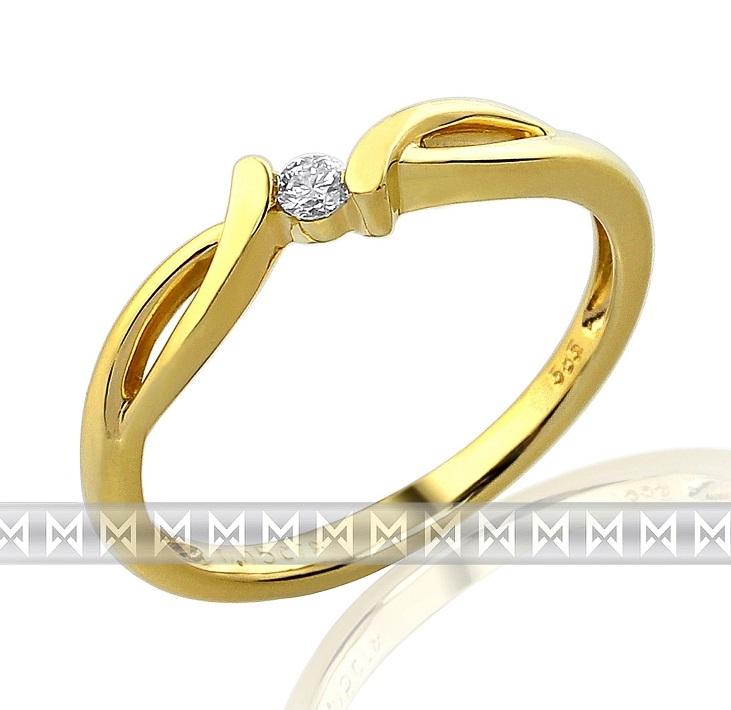 Luxusní zásnubní zlatý prsten ze žlutého zlata s diamantem (briliant) - 1,95 gr