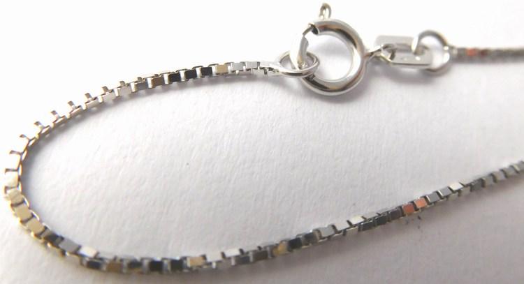 Dámský přívěskový řetízek z bílého zlata 50cm 585/1,55gr (kostičky) H464