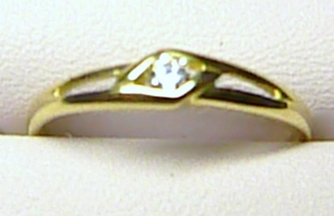 Zásnubní zlatý elegantní prstýnek ze žlutého zlata 585/1,3 gr vel. 58 P170