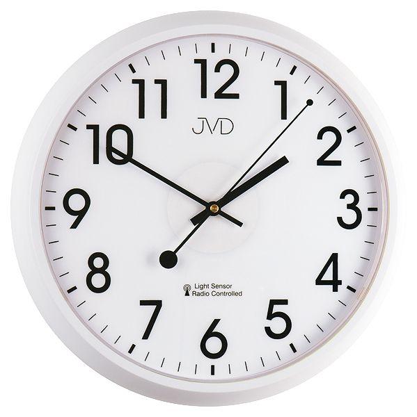 Bílé rádiem řízené nástěnné hodiny JVD RH698.1 s podsvícením a senzorem stmívání