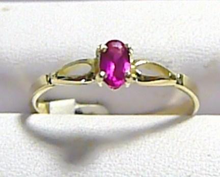 Zásnubní zlatý prstýnek s červeným rubínkem 585/1,35 gr vel.57 P260