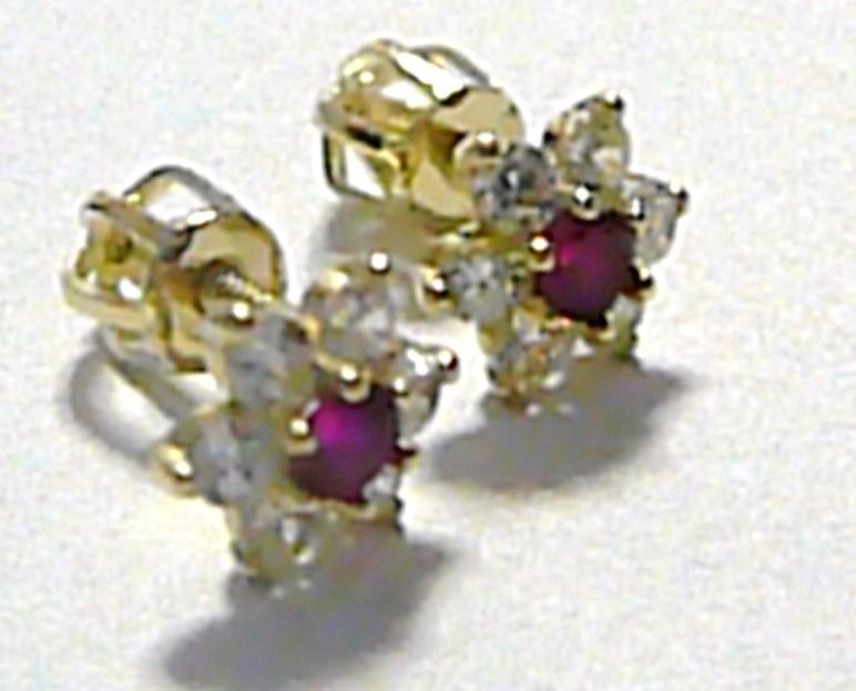 Dámské zlaté náušnice - pecky poseté zirkony a rubíny 585/1,22 gr P262 (1830238)
