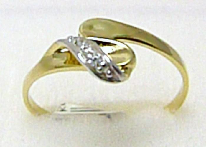Mohutný silný zlatý prstýnek se zirkony 585/1,5 gr vel. 56 P286