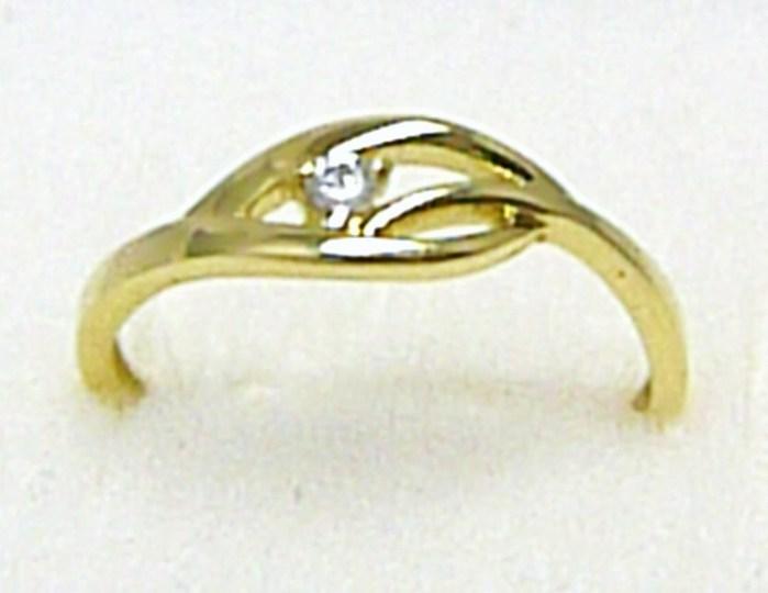 Zásnubní dámský zlatý prsten s jedním zirkonem 585/1,45 gr vel. 54 P303