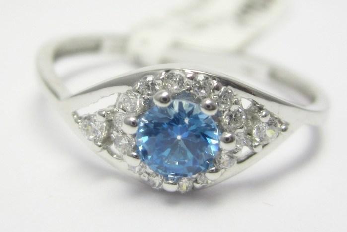 Zásnubní prsten z bílého zlata s modrým topazem 585/1,30 gr vel. 55 P681