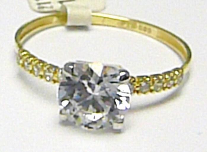 Zásnubní zlatý prsten s velkým zirkonem a malými zirkony 585/1,37gr vel. 58 P364 (2110102)
