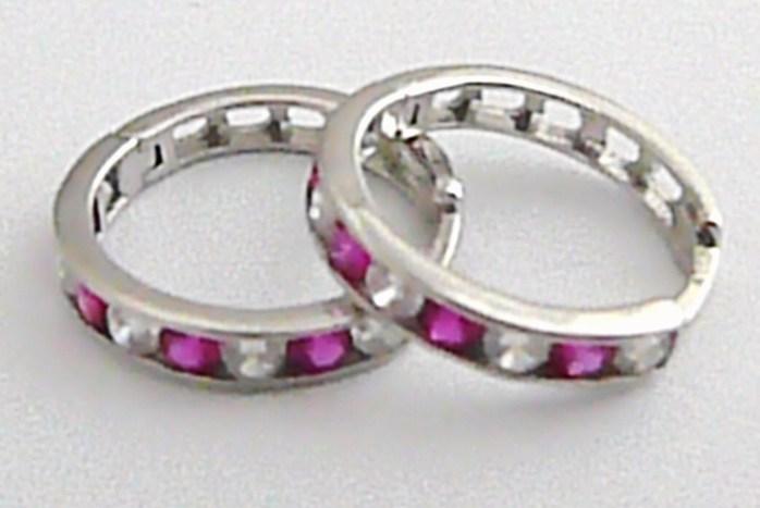 Dámské mohutné zlaté kruhy se zirkony (fialové) pr. 15 mm 585/1,9 gr H369