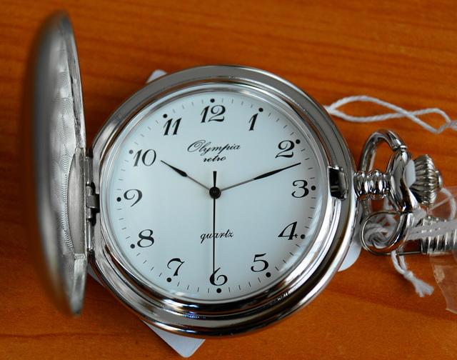 Luxusní stříbrné kapesní hodinky Olympia 30423 na řetízku - retro