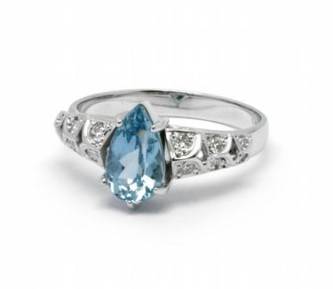 Diamantový prsten s brazilským akvamarínem (0,145ct) 585/3,03 gr J-22535-13