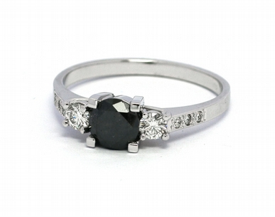 Zásnubní prsten s černým diamantem 585/2,11 gr J-21896-12