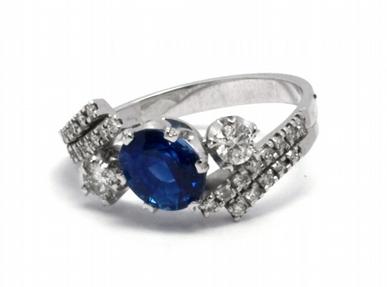 Luxusní zásnubní prsten s modrým safírem 585/2,84 gr J-18836-12 (J-18836-12)