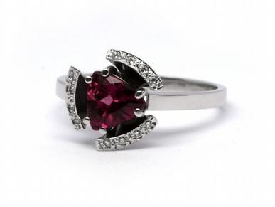 Diamantový prsten s turmalínem Brazílie 585/3,78 gr J-18087-12