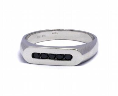 Diamantový prsten s černými diamanty 585/3,25 gr J-21076-12
