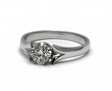 Zásnubní luxusní prsten s přírodním diamantem 585/2,86 gr J-21602-12 (J-21602-12)