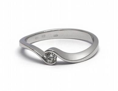 Exkluzivní zásnubní prsten s přírodním diamantem 585/1,89 gr J-20773-12