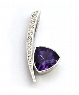 Diamantový zlatý přívěsek s fialovým ametystem 585/1,51 gr J-21599-12
