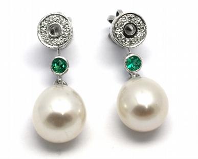 Diamantové náušnice se smaragdy a perlami 585/2,60 gr J-21265-12