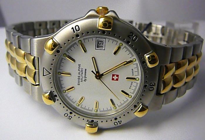 Pánské švýcarské luxusní hodinky Grovana 1505.1143 SWISS ALPINE MILITARY 5ATM