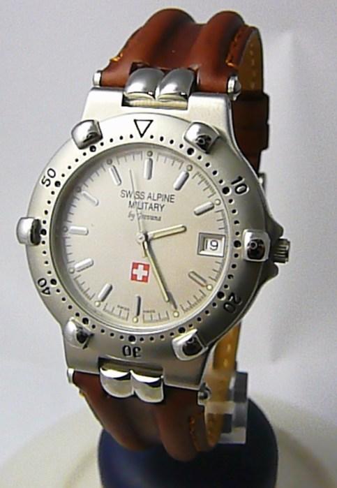 Pánské švýcarské luxusní hodinky Grovana 1505.1532 SWISS ALPINE MILITARY 5ATM