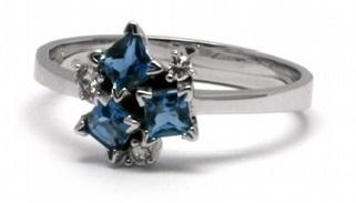 Diamantový zásnubní prsten s přírod. akvamaríny a diamanty 585/2,21gr J-20455-11