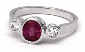 Luxusní diamantový zásnubní prsten s velkým rubínem 1,116ct 585/3,49g J-20363-12