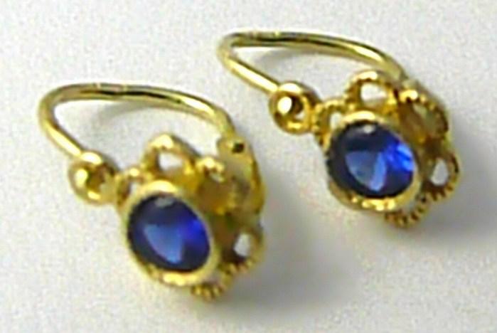 Dětské zlaté náušnice s modrými safíry žlutého zlata 585/0,90gr P576