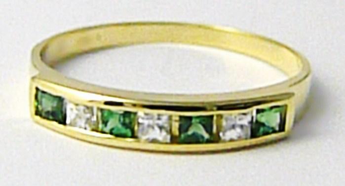 Zlatý prstýnek se zirkony a zelenými smaragdy (4 ks) vel. 55 585/1,72 gr Z122