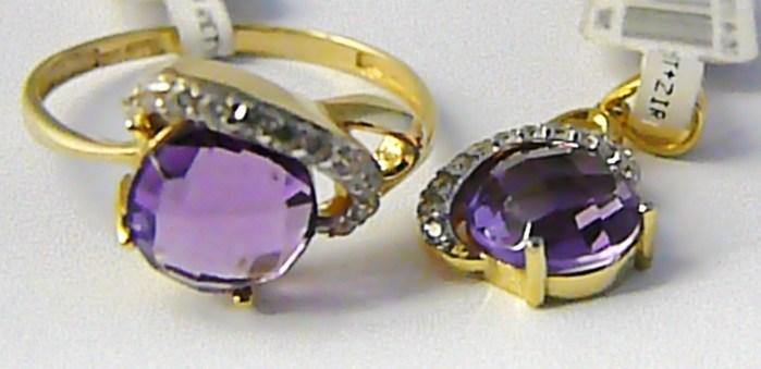 Mohutný zlatá souprava s ametysty a zirkony (prsten + přívěs) 585/3,82 gr P619