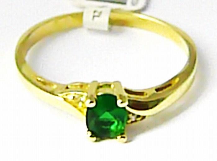 Zásnubní zlatý prsten se zeleným smaragdem a zirkony 585/1,70 gr vel. 56 P623