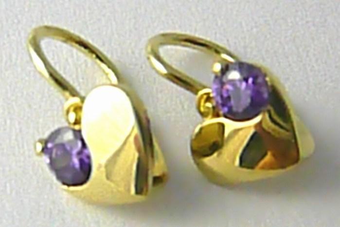 Dětské zlaté náušničky s fialovými ametysty srdíčka 585/1,17gr P658