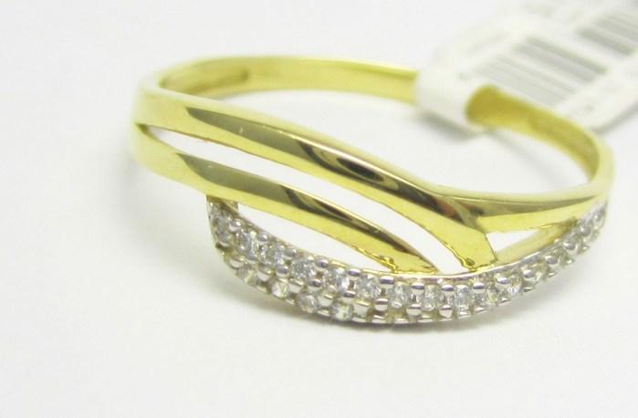 Luxusní zlatý prsten se zirkony 585/1,45 gr vel. 59 P724