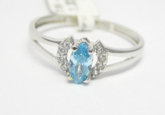 Zásnubní prsten z bílého zlata s modrým akvamarínem 585/1,32 gr vel. 53 P727
