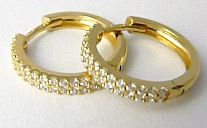 Dámské zlaté náušnice - zlaté kruhy poseté zirkony 16mm 585 2 f557e139fe8