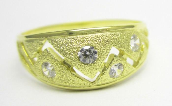 Mohutný zlatý prsten se zirkony vel.62 585/3,23gr Z142