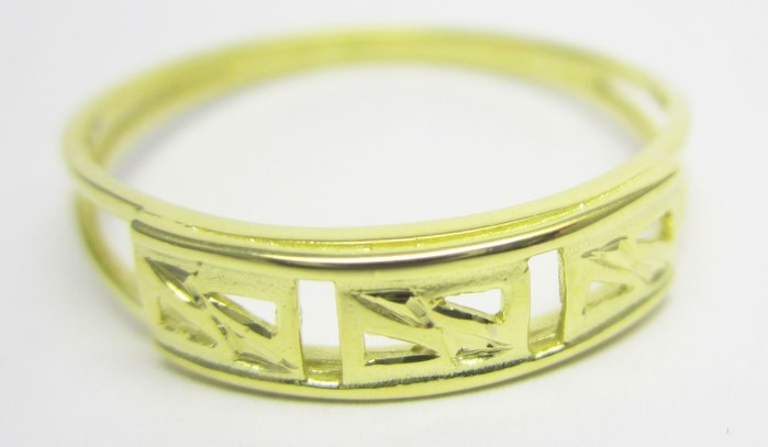 Celozlatý prsten s gravírováním vel.63 585/1,75gr Z143