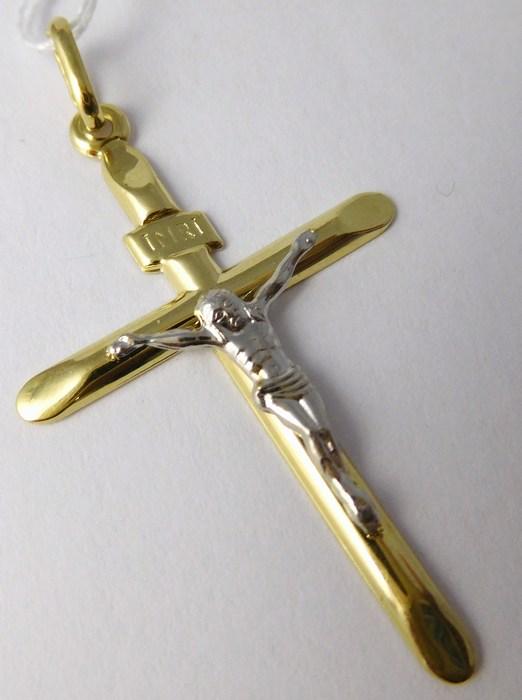 Velký gravírovaný zlatý křížek s Kristem v kombinaci zlata 585/0,72gr H708