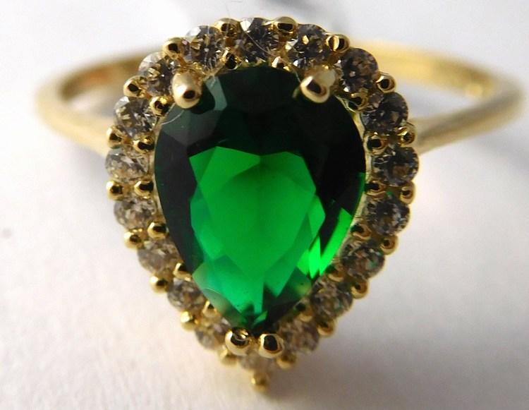 Mohutný zlatý prsten s velkým zeleným smaragdem vel. 55 585/1,86gr H756 (POŠTOVNÉ ZDARMA!!)